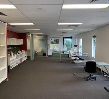 J92 - 21 Hall Street, Port Melbourne, Vic 3207