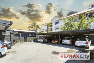 20 Racecourse Road Hamilton QLD 4007 - Image 3