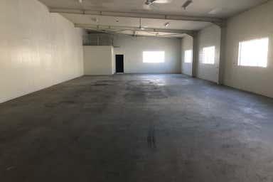 Unit 2, 3 Marshall Street Bungalow QLD 4870 - Image 3