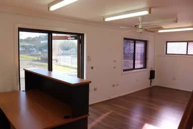 1/5 Glastonbury Avenue Unanderra NSW 2526 - Image 3