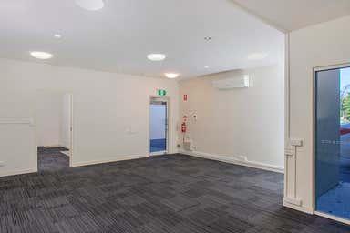 165a Long Street East Graceville QLD 4075 - Image 3