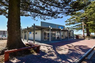 2/4 Railway Terrace Beachport SA 5280 - Image 4