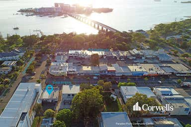 2/20 Grice Avenue Paradise Point QLD 4216 - Image 3
