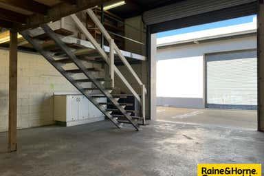 5/1 Silvyn Street Redcliffe QLD 4020 - Image 4
