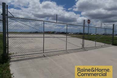 Site 678 Beaufighter Avenue Archerfield QLD 4108 - Image 4