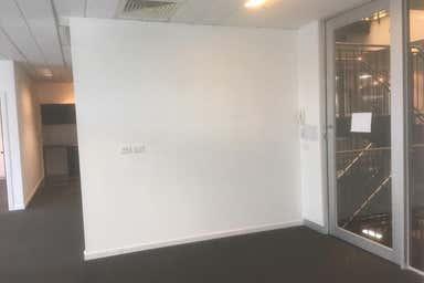 Suite 6, 241 Blackburn Road Mount Waverley VIC 3149 - Image 4