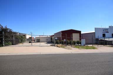3 Darian Street Highfields QLD 4352 - Image 3
