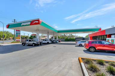 175 Anzac Ave Harristown QLD 4350 - Image 3
