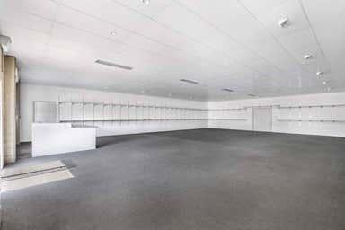 33 Upton Street Bundall QLD 4217 - Image 4