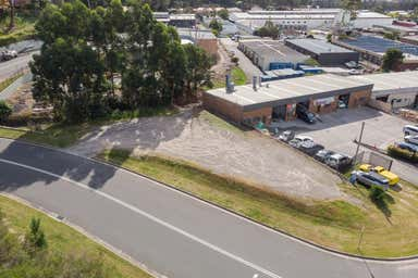 4 Dyer Crescent West Gosford NSW 2250 - Image 4