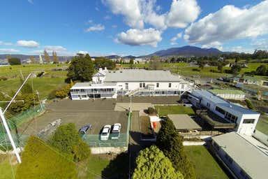 17 McVilly Drive Hobart TAS 7000 - Image 3