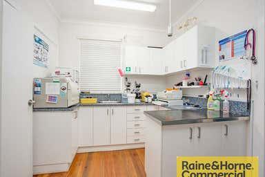 7 Third Avenue Sandgate QLD 4017 - Image 3