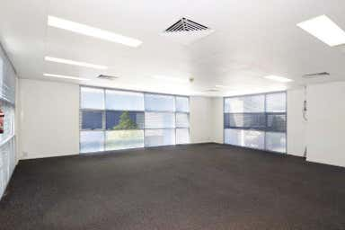 4/11 Breene Place Morningside QLD 4170 - Image 4