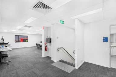 6 Siltstone Place Berrinba QLD 4117 - Image 4