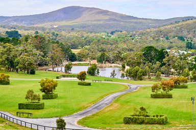 79 Tucketts Road - MACEDON LODGE Mount Macedon VIC 3441 - Image 3