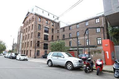 303/3 Gladstone Street Newtown NSW 2042 - Image 3