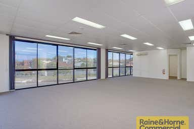 1/8 Ives Street Murarrie QLD 4172 - Image 3