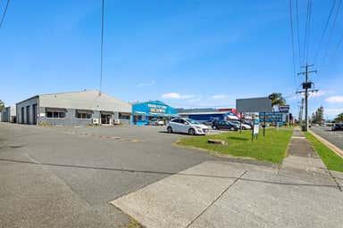 33 Upton Street Bundall QLD 4217 - Image 3