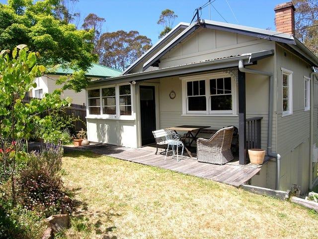 11 Waratah Street, Katoomba, NSW 2780
