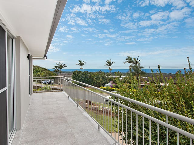 9 Seaview Road, Banora Point, NSW 2486