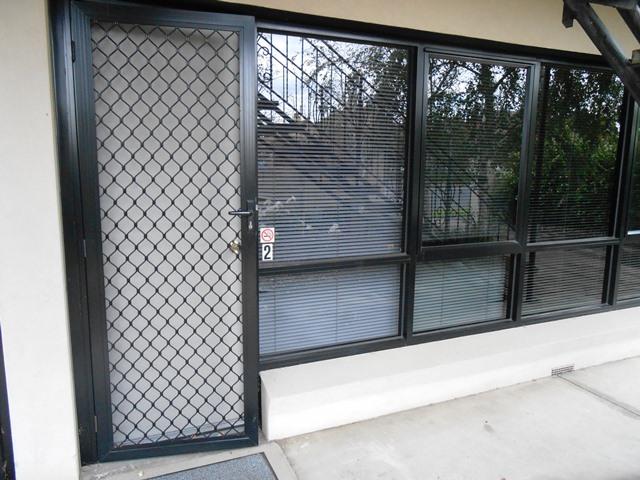 2/90 Mckillop Street, Geelong, Vic 3220