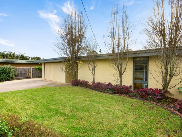 4 Marcus Road, Dingley Village, Vic 3172