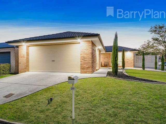 21 Redfern Way, Pakenham, Vic 3810