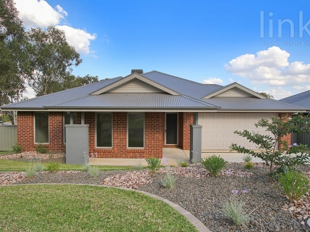 28 Blakleys Circuit, Thurgoona, NSW 2640
