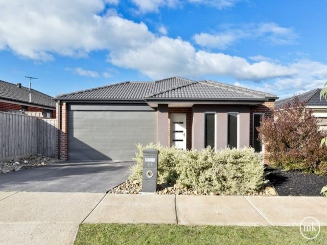 32 Dunraven Crescent, Doreen, Vic 3754