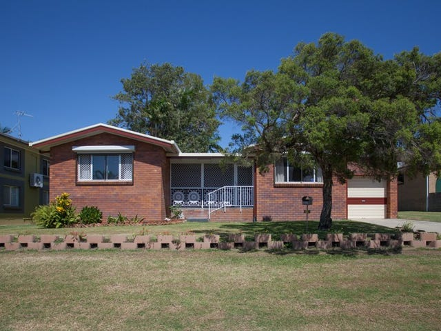 11 Macquarie St, Mount Pleasant, Qld 4740