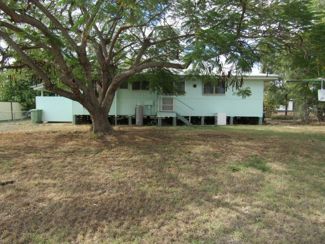28 Long Street, Blackwater, Qld 4717