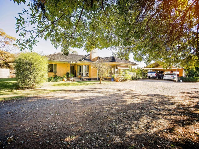 1220 Lowrie Road, Bamawm, Vic 3561