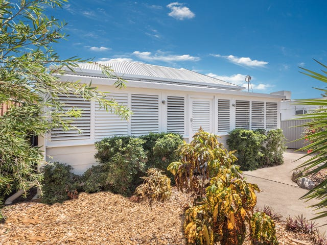 22 North Street, West End, Qld 4810