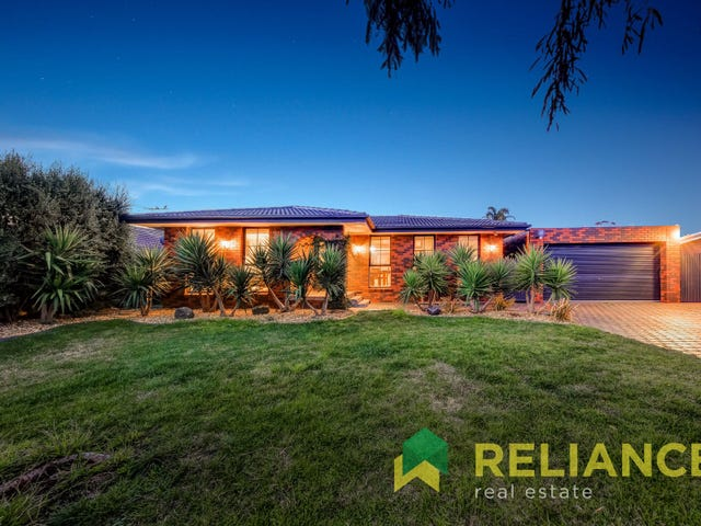 10 Dumbarton Circuit, Melton West, Vic 3337