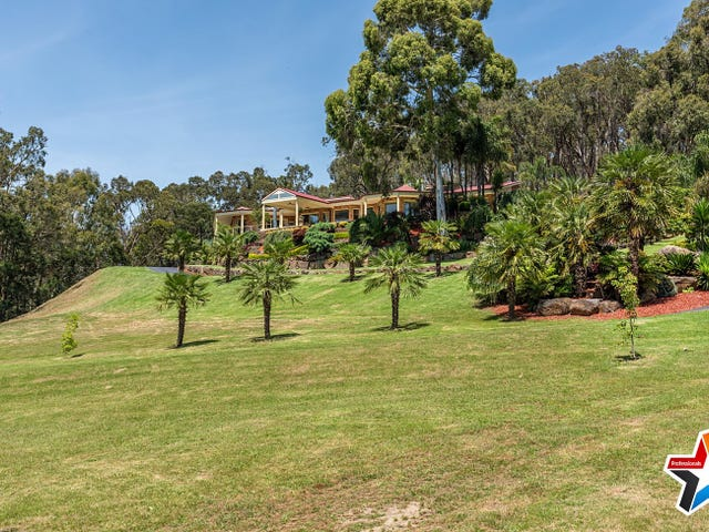 17 Rodger Road, Wandin North, Vic 3139