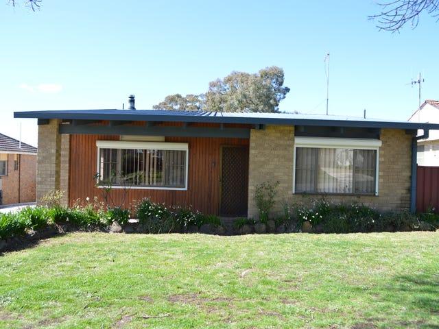 15 Emmerson Street, Goulburn, NSW 2580