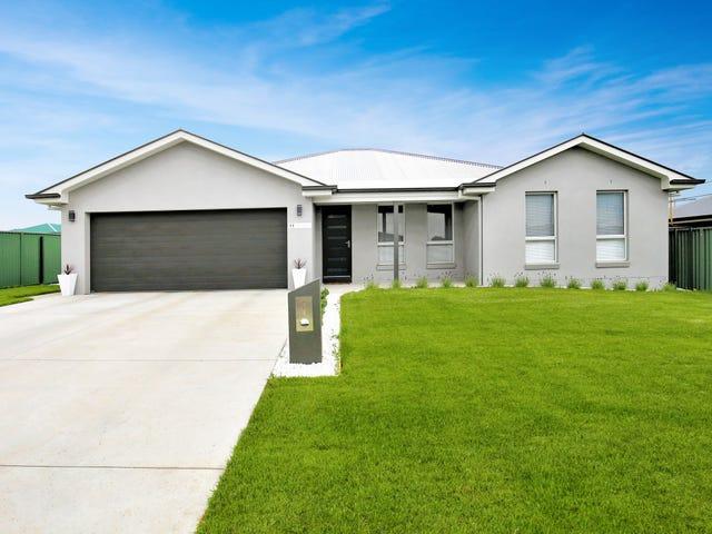11 Lew Avenue, Eglinton, NSW 2795