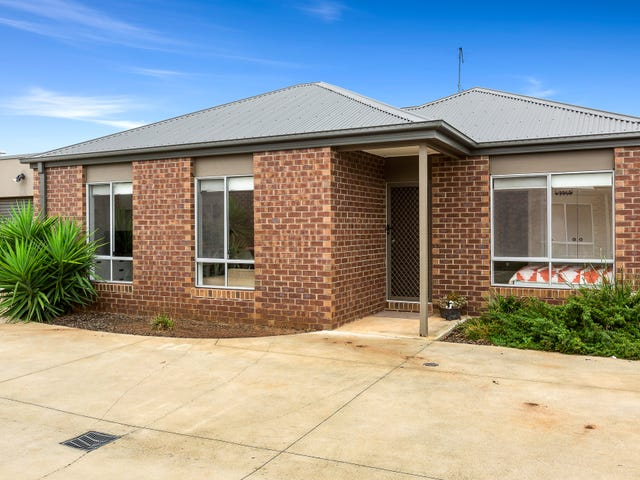 3/20 Somerton Court, Darley, Vic 3340