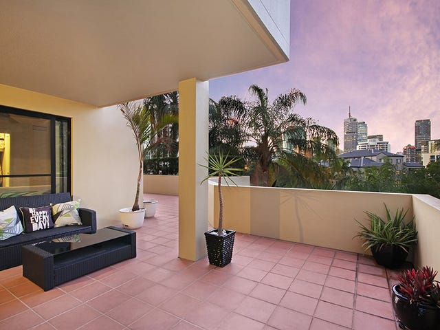3/64 Lambert Street, Kangaroo Point, Qld 4169