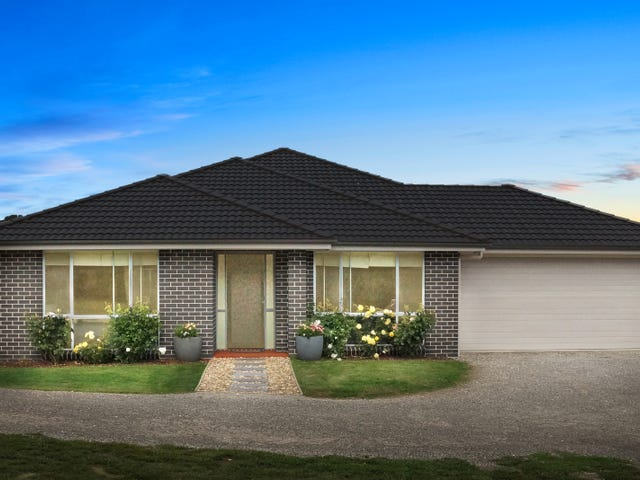 51 Farnborough Drive, Moss Vale, NSW 2577