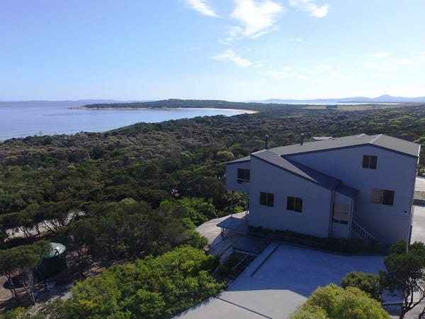 154 Big River Road, Loccota, Flinders Island, Tas 7255