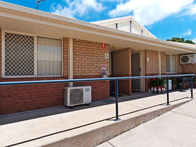 26/306-310 James Street, Harristown, Qld 4350