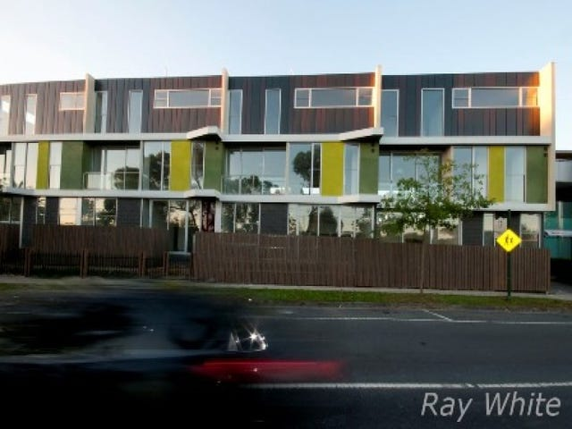 13/15-17 Railway Road, Blackburn, Vic 3130