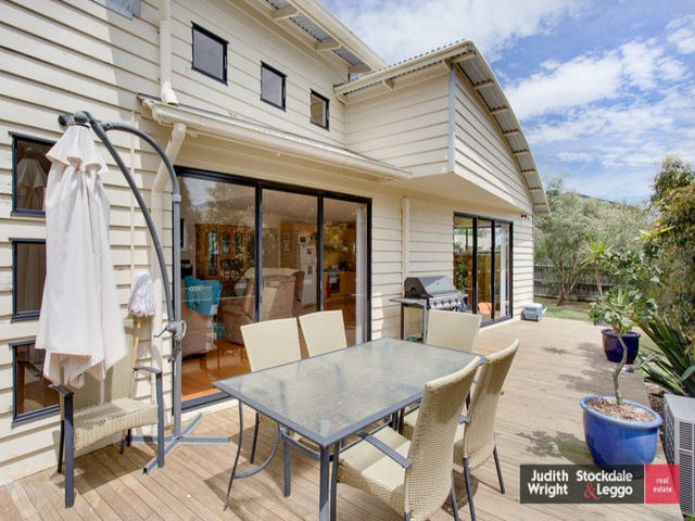 30 Anderson Road, Cowes, Vic 3922