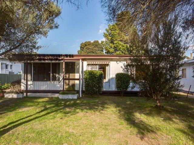 11 Flamingo Road, Rosebud West, Vic 3940