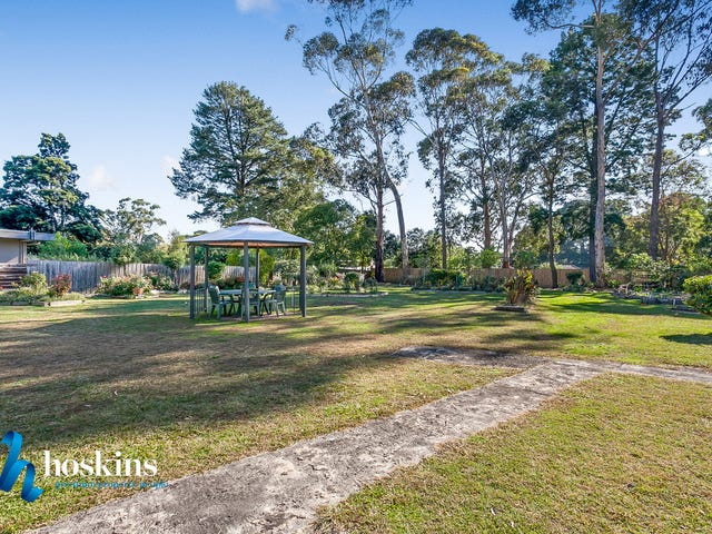 5-7 Pine Avenue, Park Orchards, Vic 3114