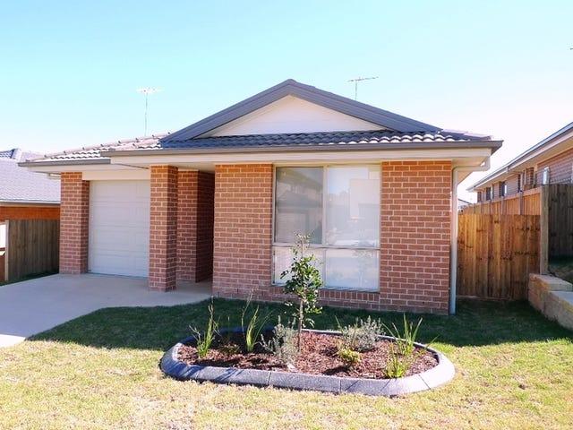 17 Blue View Terrace, Glenmore Park, NSW 2745