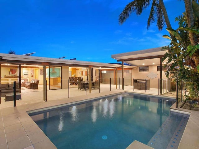 54 Parnki Parade, Palm Beach, Qld 4221