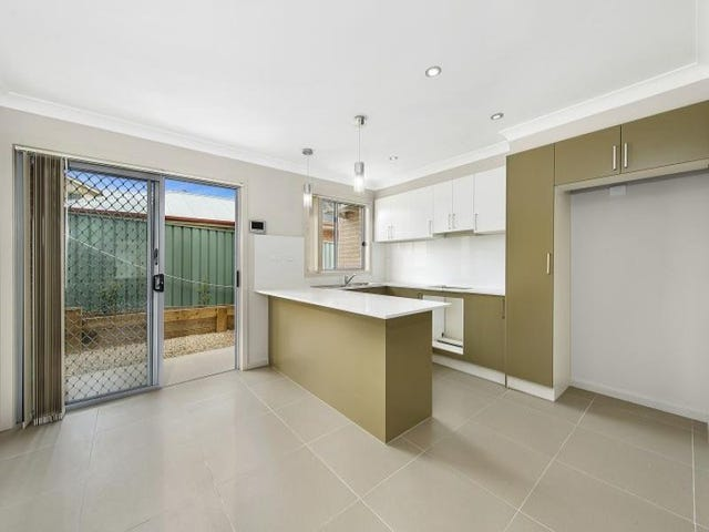 7/10 Canberra Street, Oxley Park, NSW 2760