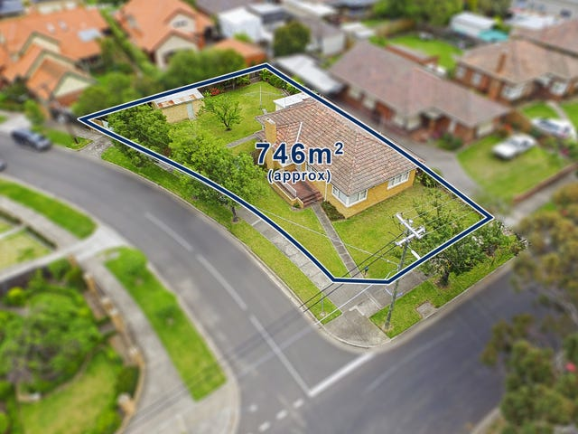 53 Hayes Road, Strathmore, Vic 3041